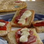 bruschette con salame