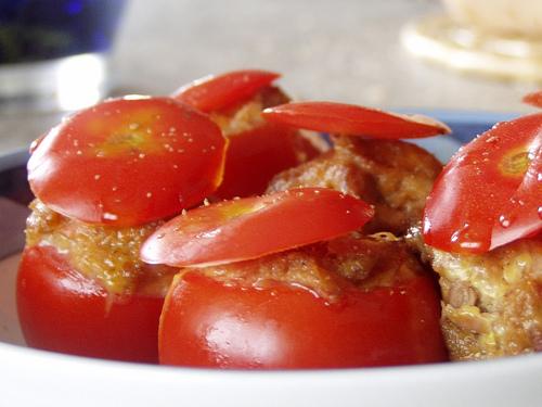 Pomodorini ripieni con tonno e gorgonzola