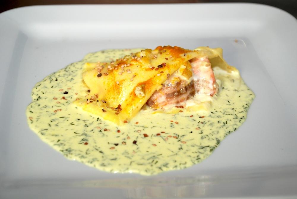 Pasta fresca al salmone e curcuma