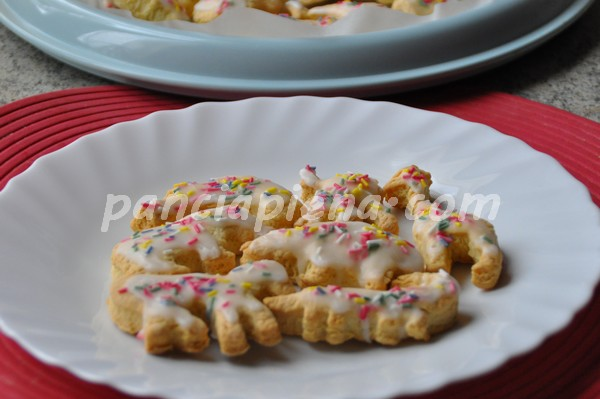 Biscottini friabili con glassa